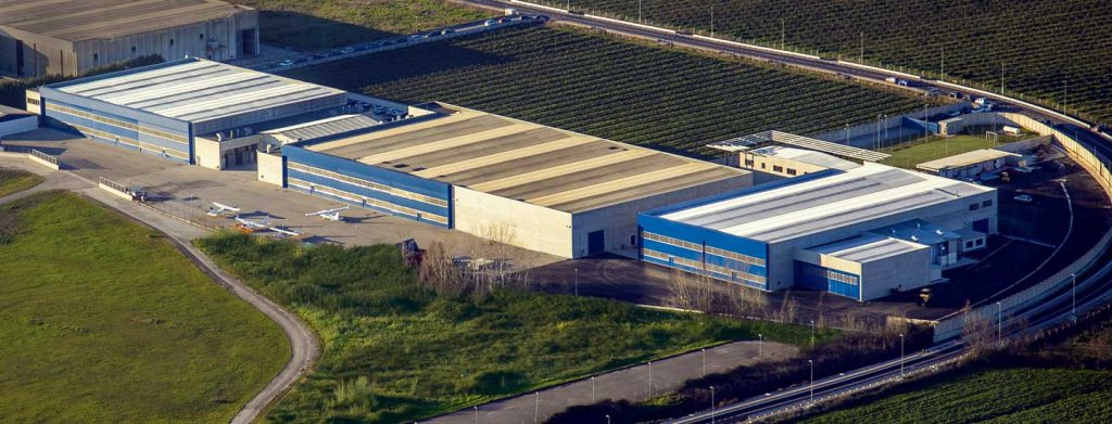 CapuaFactory-hangar3