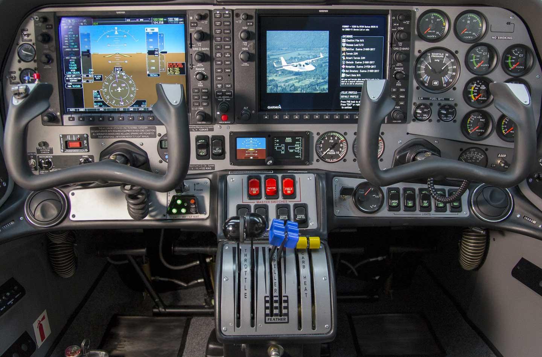 P2006T-200-Interno2w144
